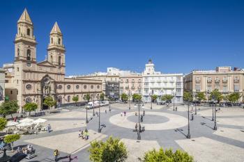 Resultado de imagen de plaza san antonio cadiz