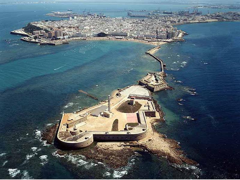 Turismo ayuntamiento de c diz gu as tur sticos de for Oficina turismo cadiz