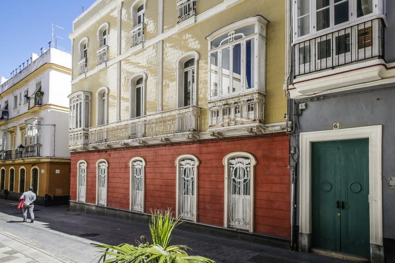 Turismo ayuntamiento de c diz casa mayol for Costruisci tu stesso piani di casa