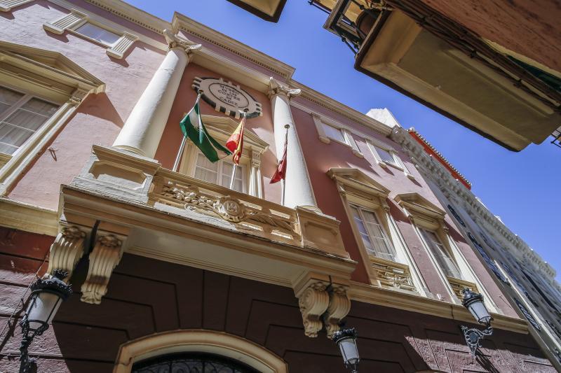 Turismo - Ayuntamiento de Cádiz  Museum des Parlaments ...